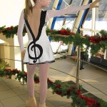 На платье аппликация на тему музыки