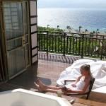 В Эйлате Андрей спал на балконе под открытым небом
