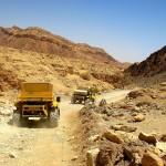 Сафари по пустыне на джипах